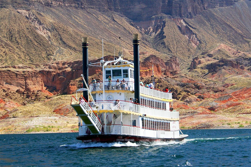 https://www.lakemeadcruises.com/discover/photos-videos/
